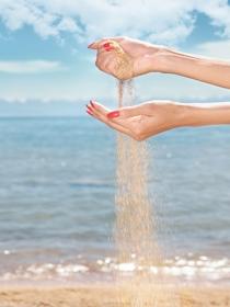5 trucos para que las uñas no se estropeen en el mar