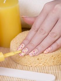 5 diseños de uñas que jamás debes llevar si quieres ser elegante