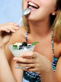 El estrés al comer y otros hábitos malos en la dieta