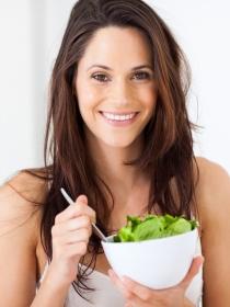 5 alimentos que favorecen la aparición de abdominales