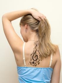 Los tatuajes en clave de sol y su significado