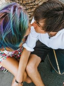 Cómo gestionar la atracción entre hermanastros en las nuevas familias