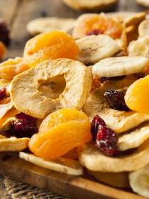 ¿Es buena la fruta deshidratada para adelgazar?
