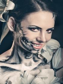 Cómo desmaquillarte de la pintura de Halloween