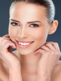 Cómo ayudar a tus dientes a que estén más blancos