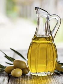 Qué alimentos benefician y embellecen la piel de forma natural