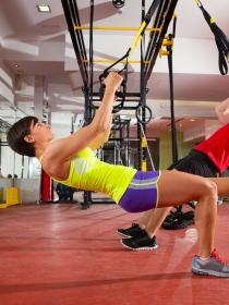 TRX: 5 beneficios de practicar el entrenamiento en suspensión