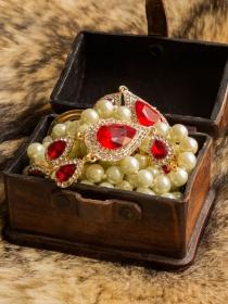 Soñar con joyas perdidas: recupera lo más valioso que tienes