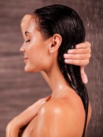 Cada cuánto hay que lavarse el pelo y por qué