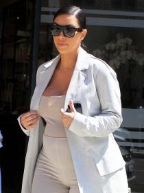 Por qué Kim Kardashian podría optar por una gestación subrogada