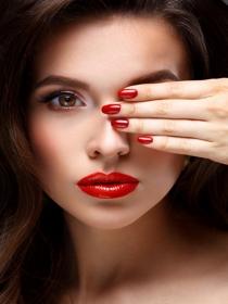Colores para uñas pintadas que hablan de tu personalidad