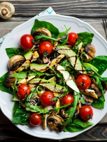 5 recetas de ensaladas completas para adelgazar comiendo sano