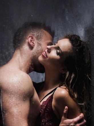 Sueños eróticos en la ducha