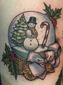 Ideas de tatuajes de Navidad para celebrar tu lado más navideño