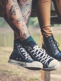 Ideas de tatuajes para hombres en las piernas