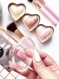 5 razones para maquillarte con la esponja de silicona