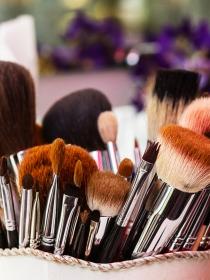 Test para saber si eres 'adicta' al maquillaje y la belleza