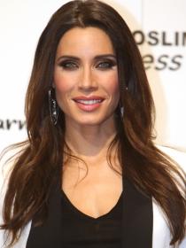 Maquillaje de ojos azules en morenas a lo Pilar Rubio