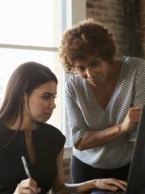 5 cosas a tener en cuenta si tu compañera de trabajo es Tauro