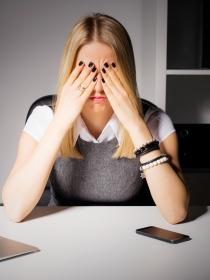 Qué debes contestarle a alguien que te haga de menos en el trabajo