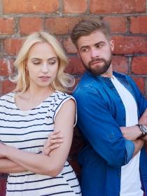 Comportamientos de hombres y mujeres en una relación tóxica