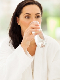 El significado de soñar con tener sed constantemente