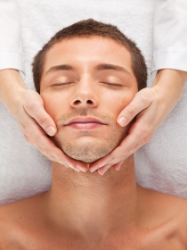 10 consejos para los cuidados de la piel del hombre a partir de los 40