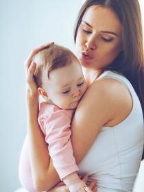 Cómo serás como madre si eres una mujer Acuario