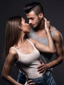 Por qué experimentar en el sexo puede ser bueno para ti