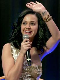 El significado de los tatuajes más divertidos de Katy Perry