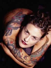 El significado de soñar que tienes muchos tatuajes por el cuerpo