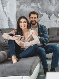 Sí, es bueno que tu pareja tenga su espacio