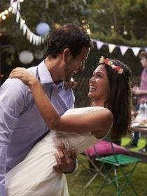Huye de una boda convencional y ¡cásate a tu gusto!