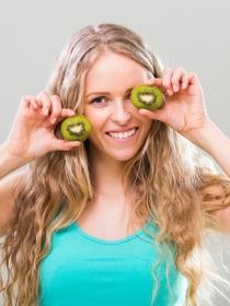 Todo que te pierdes por no incluir el kiwi en tu dieta
