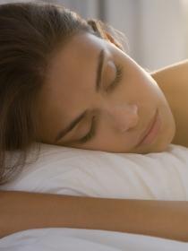 ¿Dormir adelgaza?