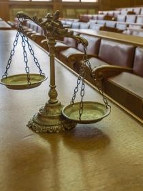 Soñar con un jurado: tu comportamiento, a juicio