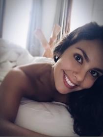 Desnuda en instagram: siéntete como una famosa