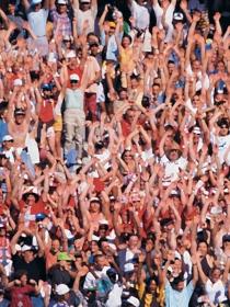 Soñar con una multitud: revisa tus relaciones sociales