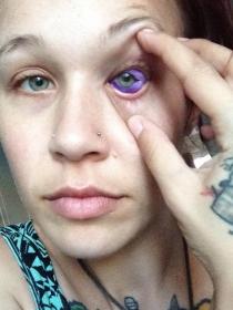 Los peligros de los tatuajes en los ojos: el caso de Cat Gallinger