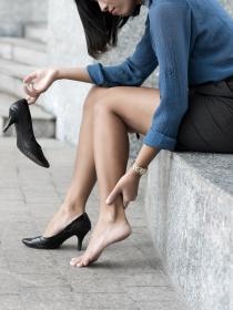 ¿Qué es el síndrome de piernas cansadas?