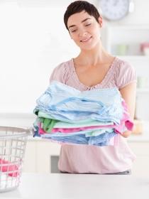 Piel sensible: Cómo lavar la ropa para que no te haga daño