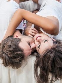 Las posturas más románticas para hacer el amor