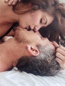 Hacer un francés: una práctica sexual para disfrutar en pareja