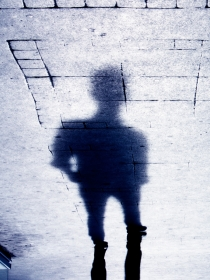 Soñar con sombras negras: tu lado más oscuro