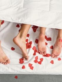 En San Valentín, ¡sorpréndele! 7 formas de avivar la pasión