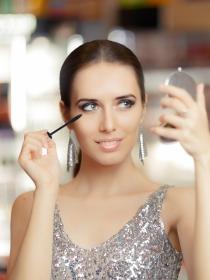 3 maquillajes elegantes y sencillos para Navidad