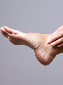 Soñar que tienes dolor en los pies: ¿no puedes más?