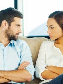 Líbrate de los celos en tu relación de pareja con estos trucos
