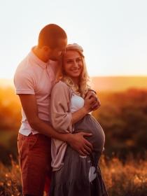 Mensajes de whatsapp para decirle que va a ser padre