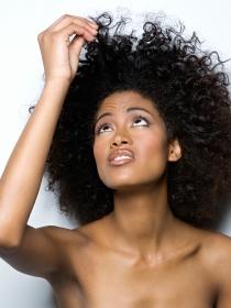 Qué le pasa a nuestro pelo durante la regla